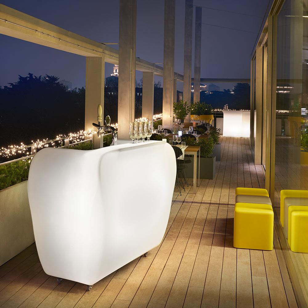 Bancone Bar Da Giardino bancone bar con ruote e portatile roller bar slide design esterno