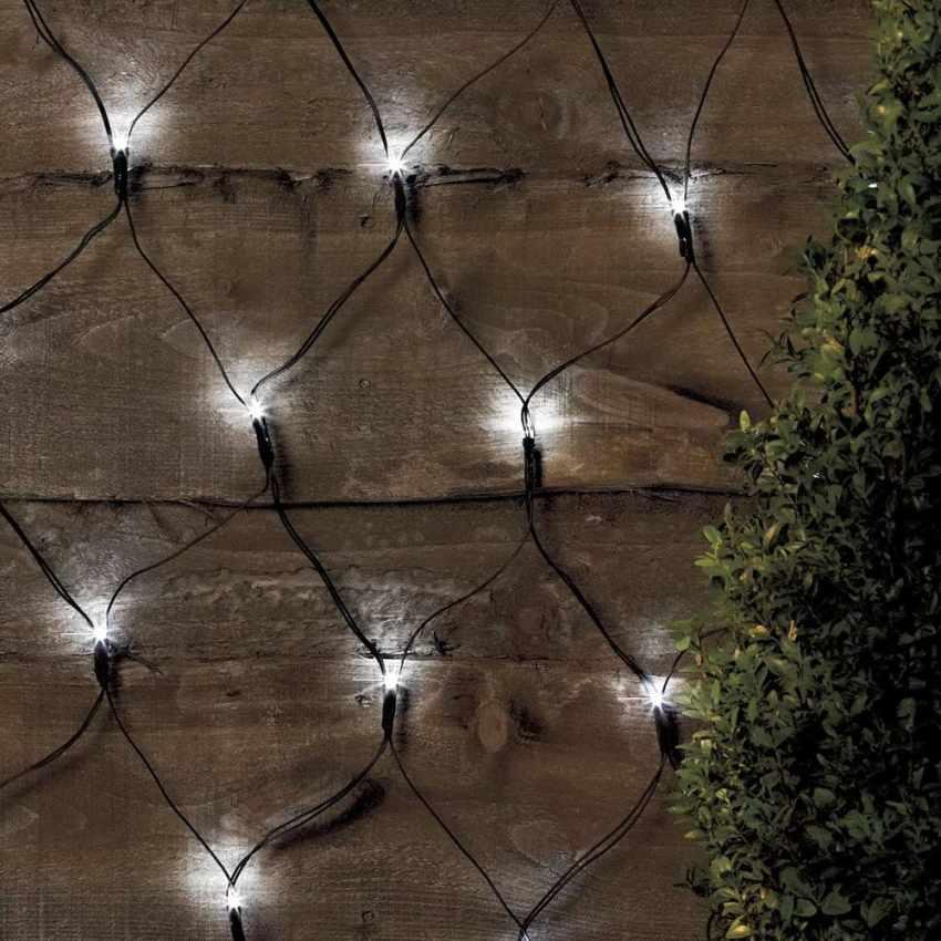 Luminarie natalizie rete di 50 led a energia solare for Luci per esterno