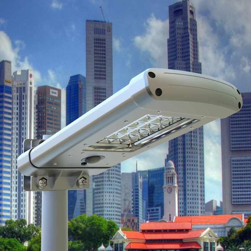 Lampione con 24 LED a Energia Solare con Sensore Crepuscolare STREET - dettaglio