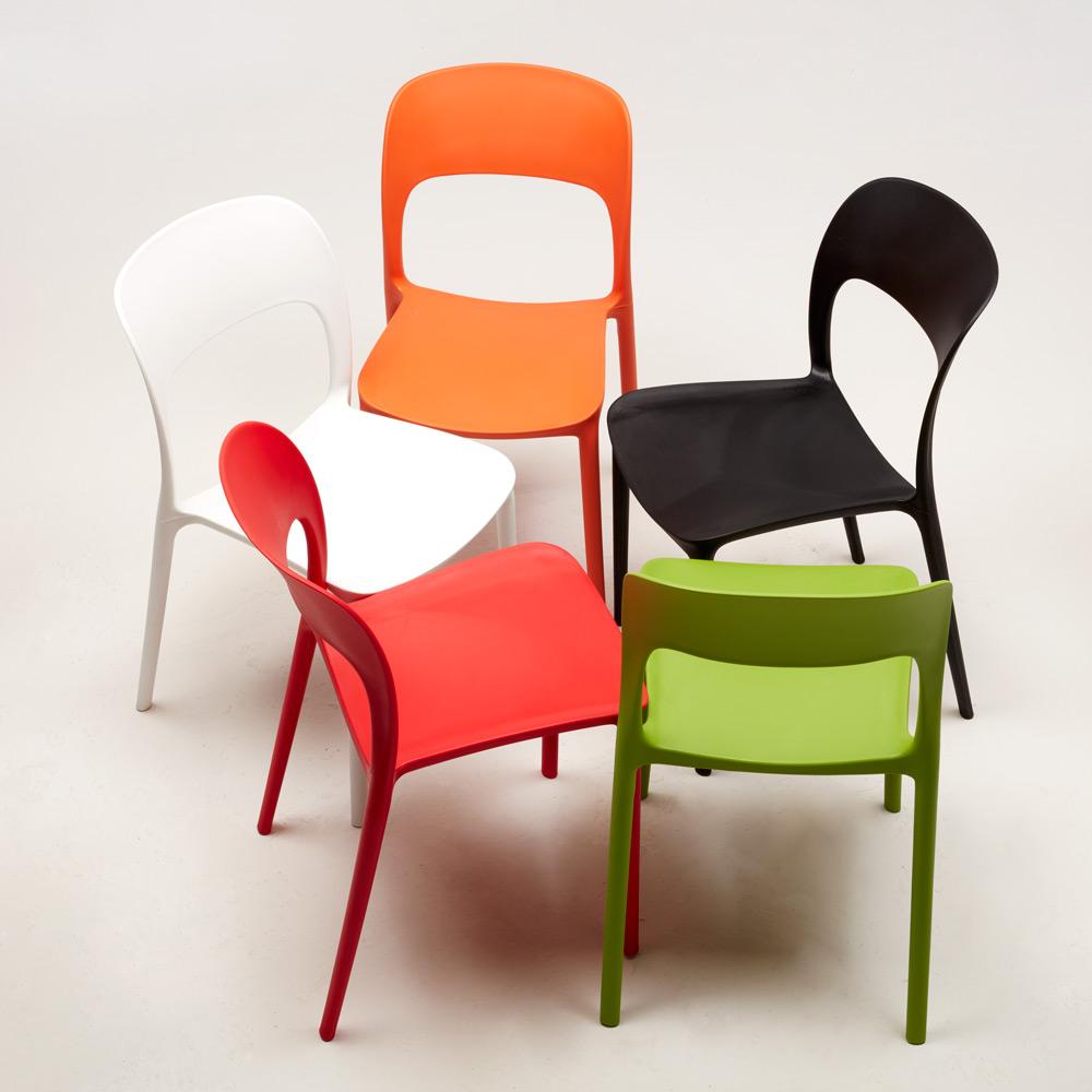 Sedie cucina casa bar ristorante in polipropilene colorate for Design sedie